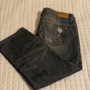 Guess Distressed Jeans Crops, Women's Size 31